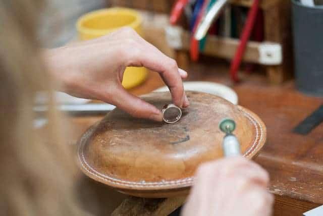 polishing the ring