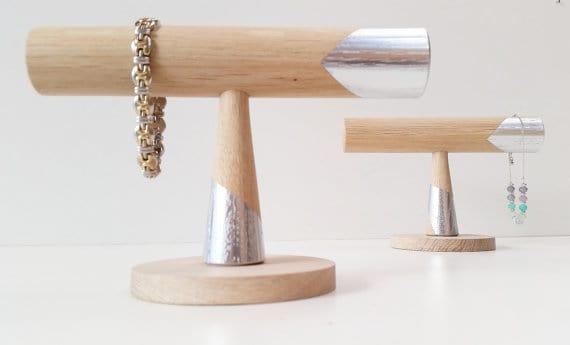 Gift Suggestion – Oak Bracelet Stand