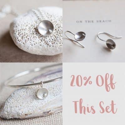 circles and pearls set