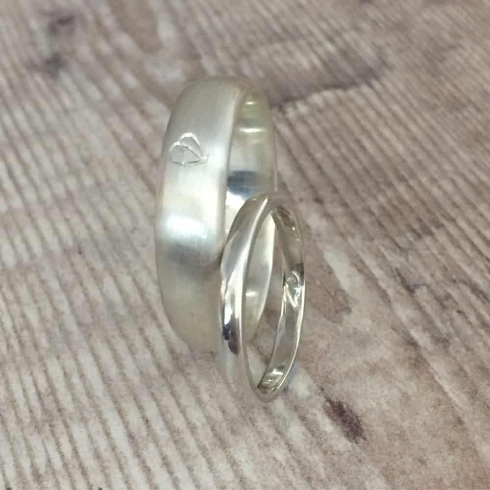 Tom and Lixi make wedding rings