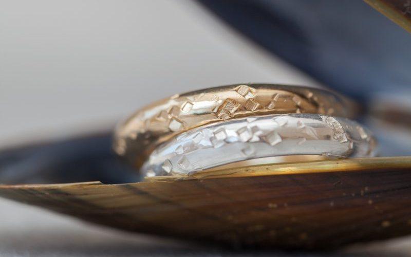 sme news award sugar gold wedding ring - eco friendly wedding jewellery