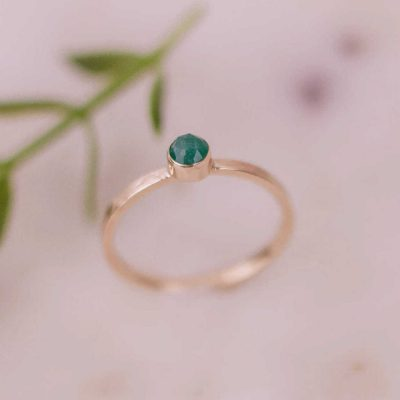 rose cut emerald gold ring